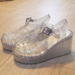 e323b01d8b6 Forever 21 Shoes - Platform jelly shoes
